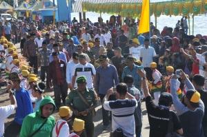 Suasana penjemputan Wali Kota Ternate saat  membuka Festival Hiri 2017